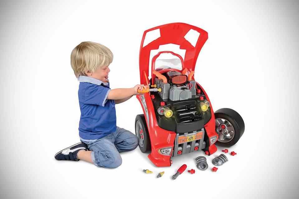 Battery Powered Ride On Toys For Toddlers >> Car Service Station Playset Lets Your Kids Experience The ...