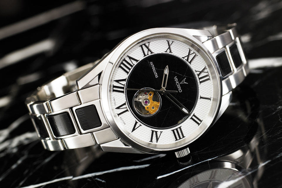 Vincero Mechanical Wrist Watch Features Real Italian