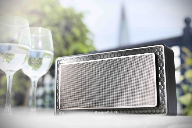 Bowers & Wilkins T7 Portable Bluetooth Speakers