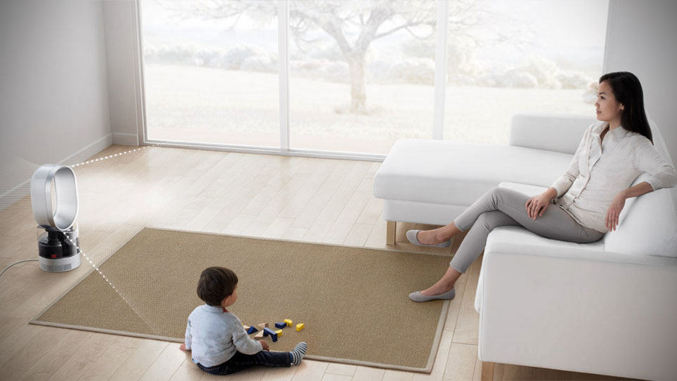 Dyson humidifier kills 99 9 waterborne bacteria with uv for Living room humidifier