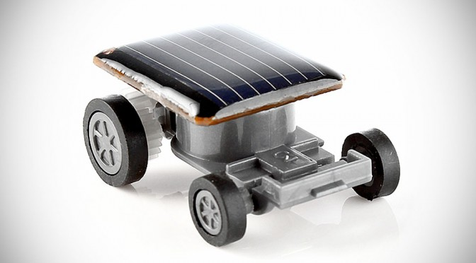 Tiny Solar Powered Toy Car Will Keep On Going As Long As There is Sunlight