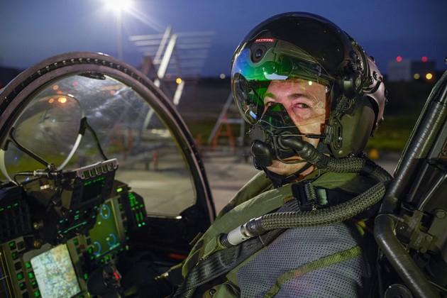 Striker II Helmet-Mounted Display by BAE Systems