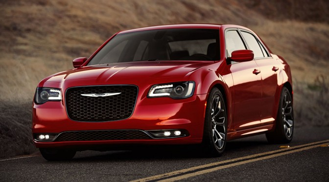 Here's the 2015 Chrysler 300. It Looks the Same, But Not Quite the Same