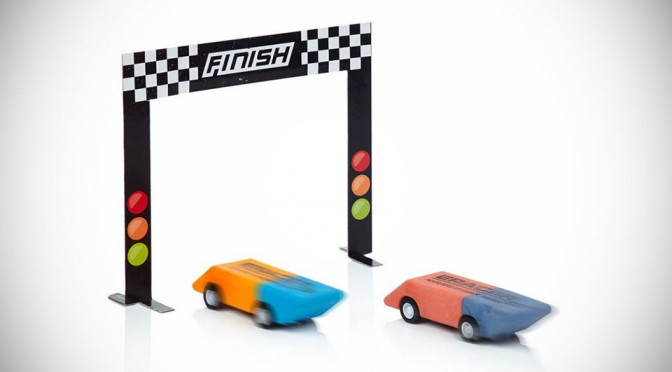 E-Racers Take on a Whole New Meaning with These Pullback Racing Erasers