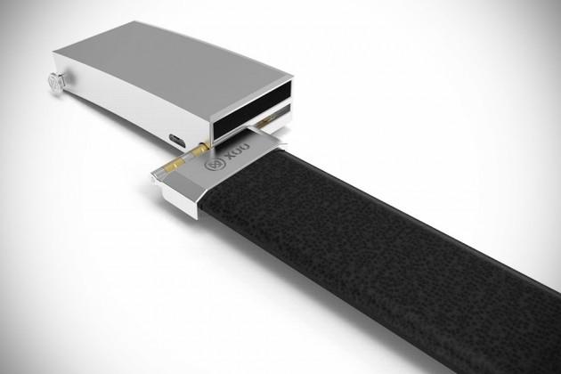 XOO Smartphone-charging Belt
