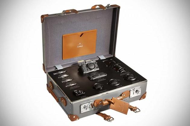 Fujifilm X-T1 Graphite Silver Limited Edition Globe-Trotter Kit