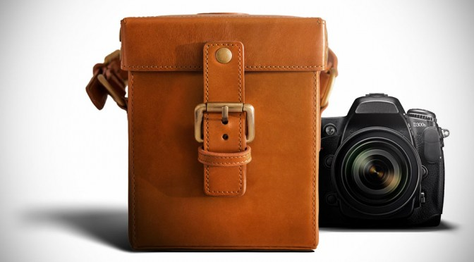 CamCarry: An Uber Stylish Leather Camera Bag That Won't Break the Bank