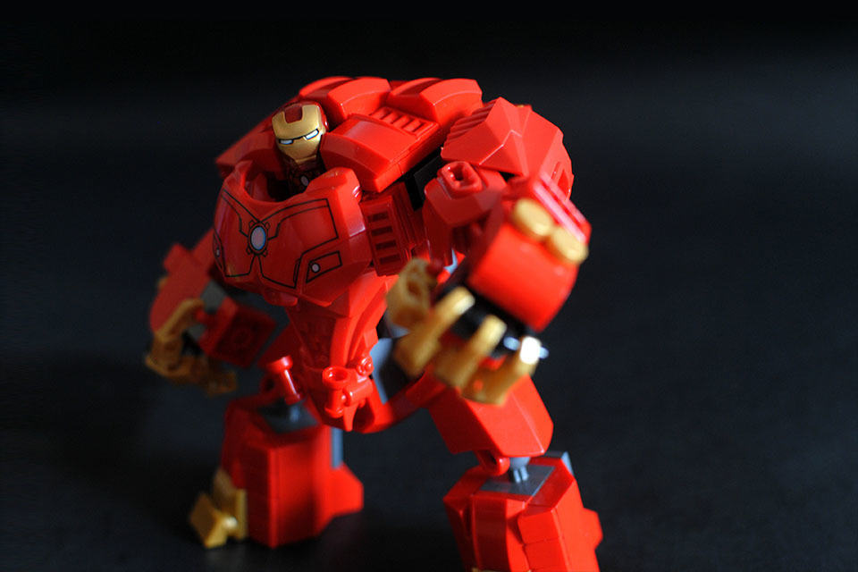 With Your Help This Awesome Lego Iron Man Hulkbuster May