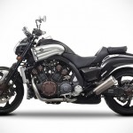 Yamaha VMAX Carbon Musclebike Comes with Exclusive Bodywork and Akrapovic Mufflers