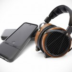 CEntrance Packs a Headphone Amp, DAC and a Portable Battery into One Uber Sleek iPhone Case