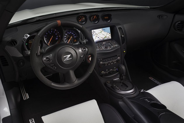 Nissan 370Z NISMO Roadster Concept at 2015 Chicago Auto Show