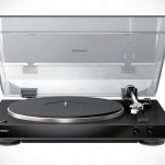 Can Turntables Ever Be Audiophile-grade? Apparently, It Can With Pioneer's New PL-30 Vinyl Turntable