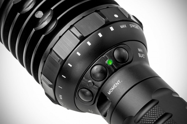 SureFire UDR Dominator Flashlight