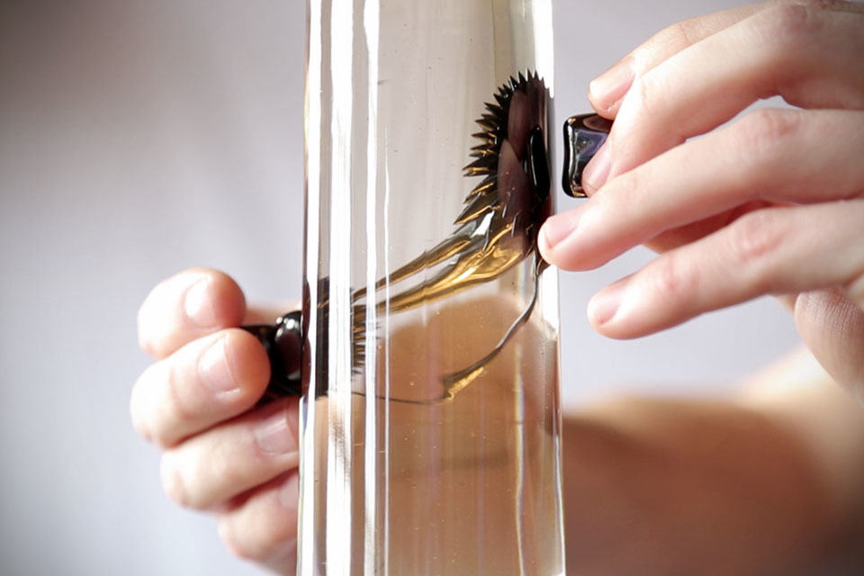Ferrofluid Lamp Is The Lava Lamp Of The 21st Century. It Is Interactive.    MIKESHOUTS