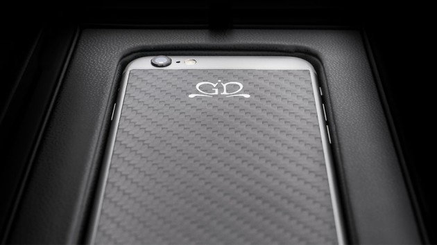 Luxury iPhone 6 by Golden Dreams - Carbon Fiber Edition Black