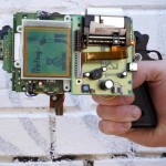 "Artist Turned Game Boy into a 8-bit Gun That ""Point and Shoot"" (and Print)"