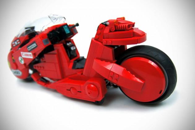 Akira Kaneda's Bike by Sariel's Custom LEGO Technic Creations