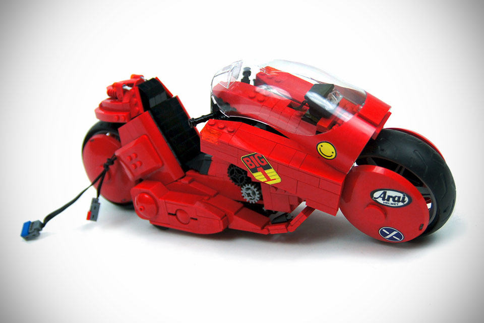 you won�t believe this iconic akira bike model is actually