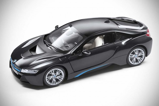 BMW i Collection Lifestyle Goods - i8 model car