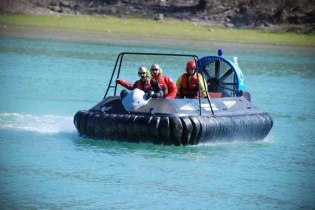 Hov Pod Carbon Fiber Infinity Rescue Hovercraft