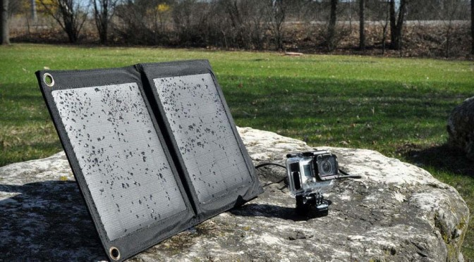 The Badger USB Solar Charger Can Survive in Water for Two Days, Shot at by Shotgun and Still Works