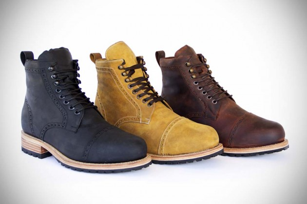 Wilcox Classic Leather Boots