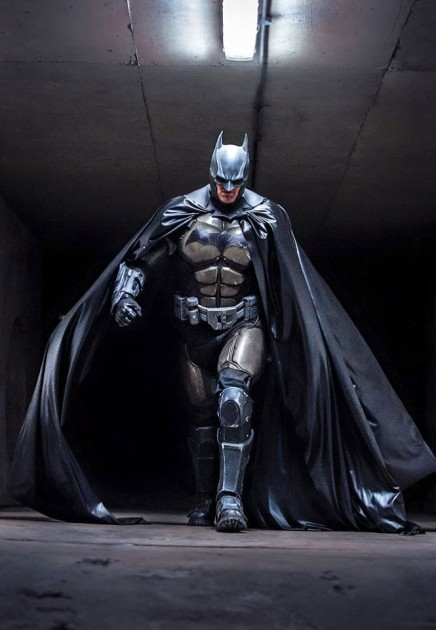Batman Arkham Origins Cosplay by Julian Checkley