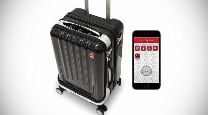 Space Case 1 Smart Suitcase is Loaded with Tech, Feels More like a Gadget Than a Suitcase