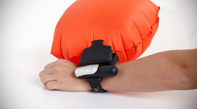 Kingii Wrist-worn Inflatable