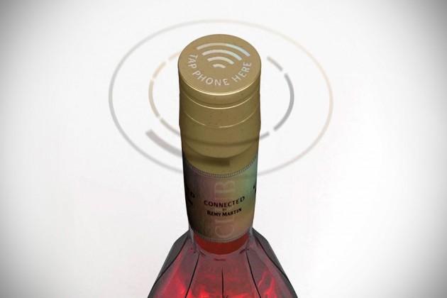 Rémy Martin Club Connected Bottle
