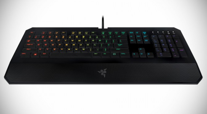 Razer Adds Colored Lighting into DeathStalker Gaming Keyboard and Orbweaver Keypad