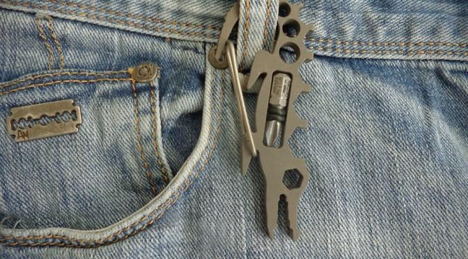 Crocobiner Multi-tool Carabiner