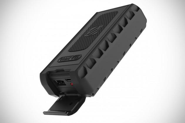 Scosche goBAT 6000 Rugged Portable Backup Battery