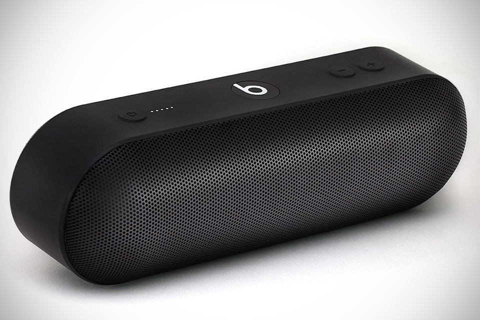 Beats' First Speaker Since Apple Acquisition Charges with ...