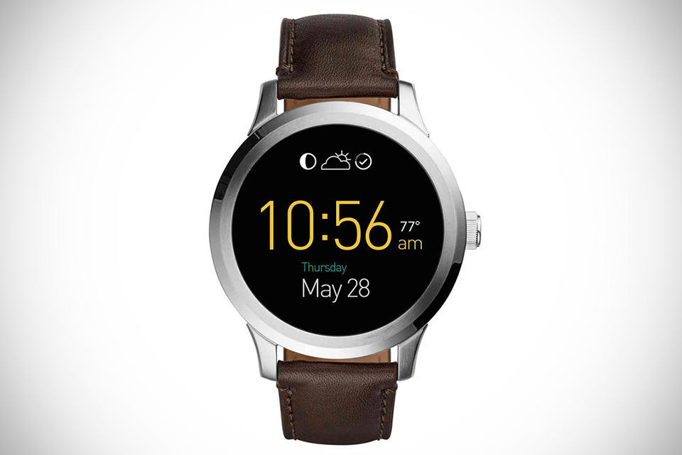 fossil adds smartwatch and fitness trackers to its catalog. Black Bedroom Furniture Sets. Home Design Ideas