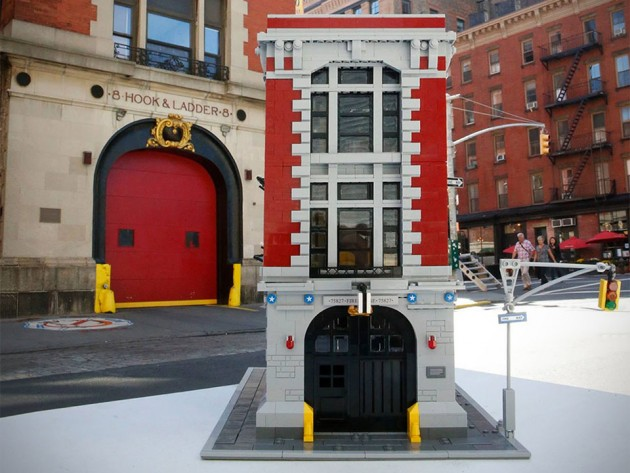 LEGO Ghostbusters Firehouse HQ Set