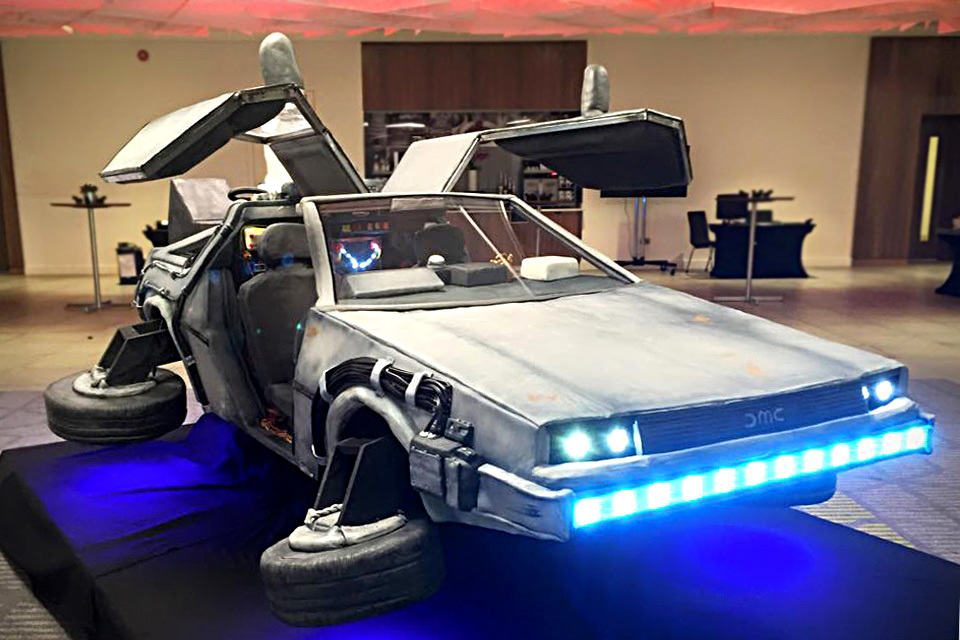 a bunch of folks actually ate a life size flying delorean time machine mikeshouts. Black Bedroom Furniture Sets. Home Design Ideas