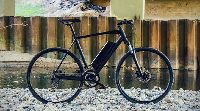 A Simple Wheel Change Will Turn This 34 lbs Electric Bike into a Regular Bike