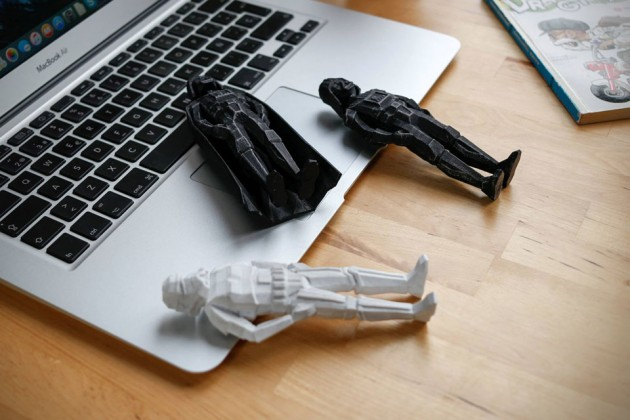 3D-Printed-Low-poly-Darth-Vader-and-Stormtrooper