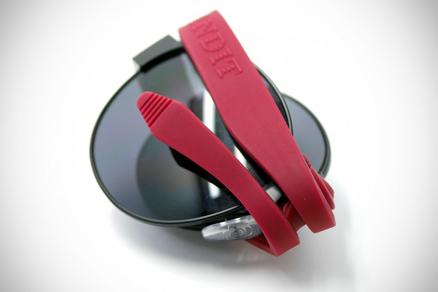 Baendit Bendable Sunglasses - Folded
