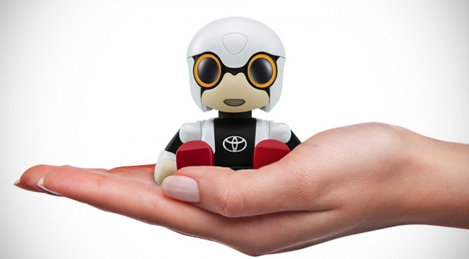 Toyota's Kirobo Mini Robot Keeps Drivers Company During Those Long, Lonely Journey