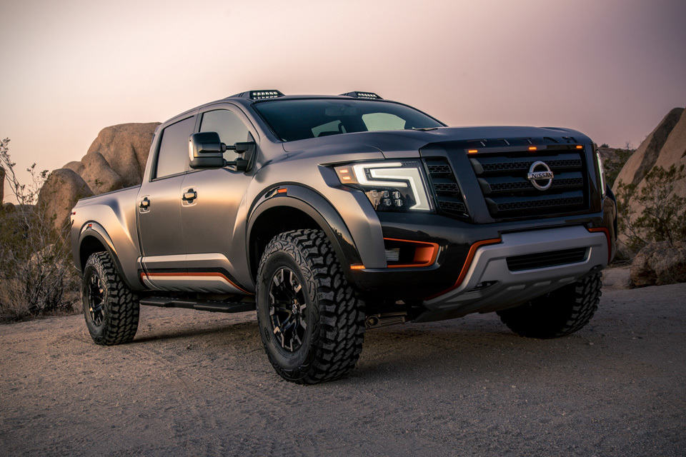 nissan titan warrior concept gets modified off road suspension and desert racing inspired design. Black Bedroom Furniture Sets. Home Design Ideas
