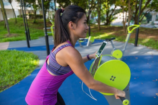 Outdoor Static Exercise Equipment With Charging Ports by Playpoint