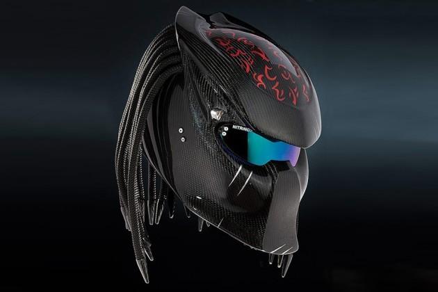 Nitrinos motostudio Predator Helmets