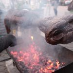 Look. A Bunch Of People Are Feasting On The Adorable E.T.