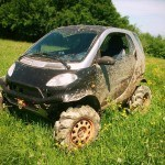 Man Turns 1st Generation Smart ForTwo Into A Capable Off-Road Coupe