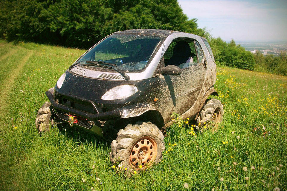 Man Turns 1st Generation Smart Fortwo Into A Capable Off