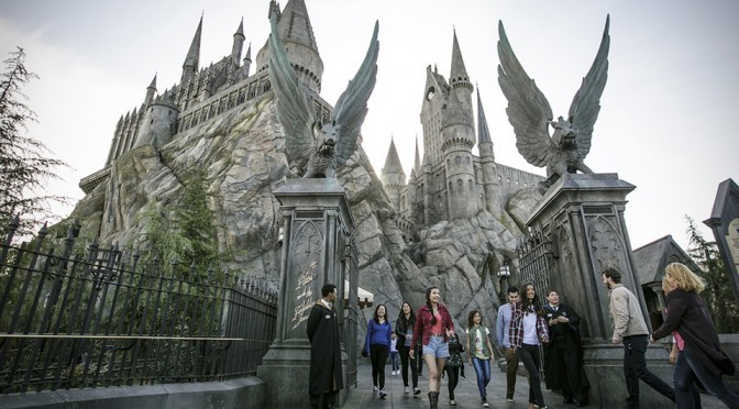 The Wizarding World of <em>Harry Potter</em> Officially Open Its Doors For Business