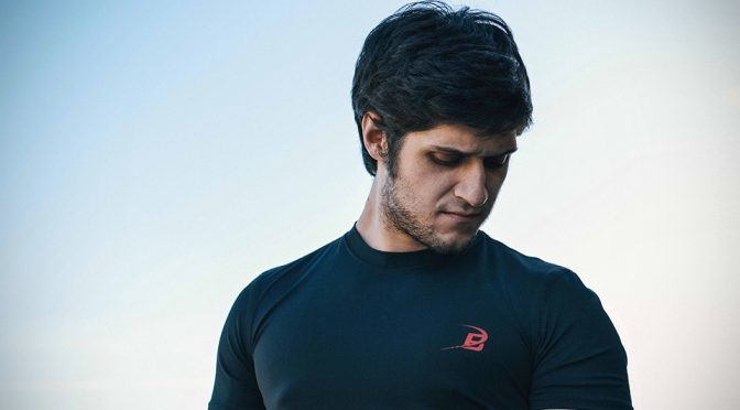 Buffer Odor-free Gym Tee Promised To Never Stinks And Keep You Cool Too