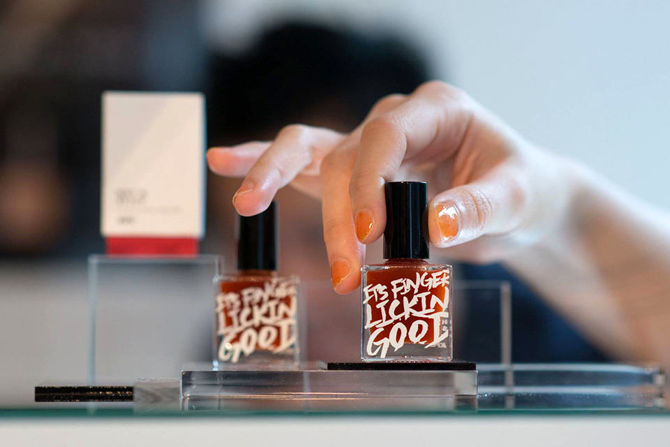 KFC-flavored Nail Polish: Now, That\'s Literally Finger Lickin\' Good ...